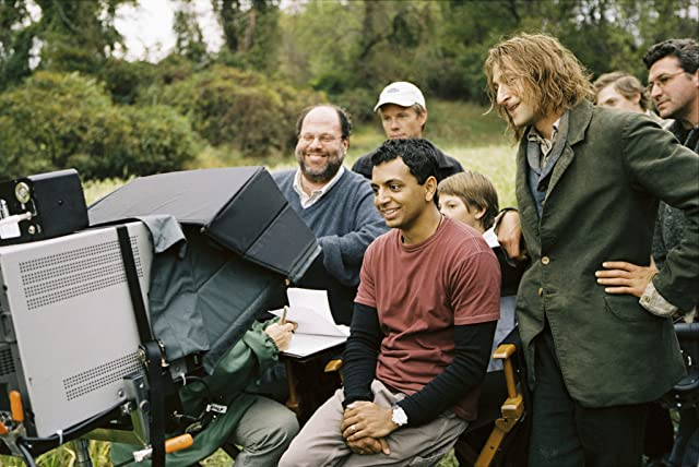 Adrien Brody and M. Night Shyamalan in The Village (2004)