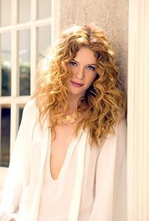 Aktori Rachelle Lefevre