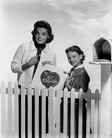 Natalie Wood with sister Lana Wood, 1956.
