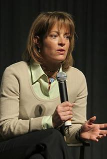 Tawnia McKiernan Picture