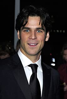 eddie cahill friends