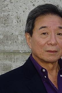 Aktori Randall Duk Kim