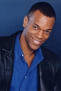 Aktori Nelson Tynes