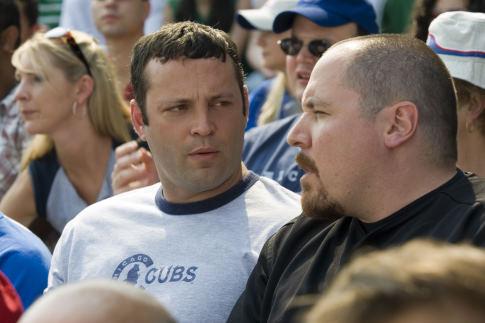 Vince Vaughn and Jon Favreau in The Break-Up (2006)