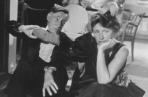 Percy Kilbride and Marjorie Main in Ma and Pa Kettle on Vacation (1953)