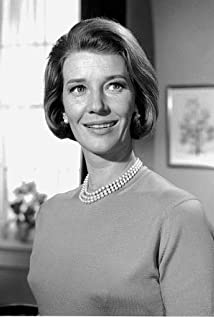 Lois Maxwell Picture