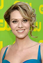 Hilarie Burton's primary photo