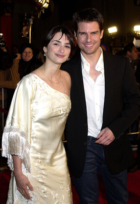 Tom Cruise and Penélope Cruz at Vanilla Sky (2001)