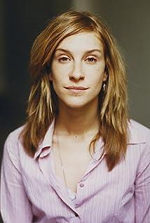 Aktori Chiara Schoras
