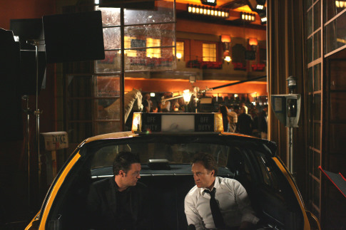 Matthew Perry and Bradley Whitford in Studio 60 on the Sunset Strip (2006)
