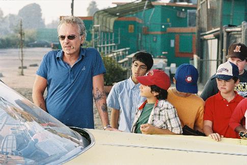 Billy Bob Thornton, Jeffrey Tedmori, Ridge Canipe, Brandon Craggs, and Aman Johal in Bad News Bears (2005)