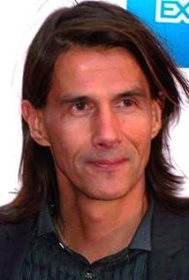 Aktori Lothaire Bluteau