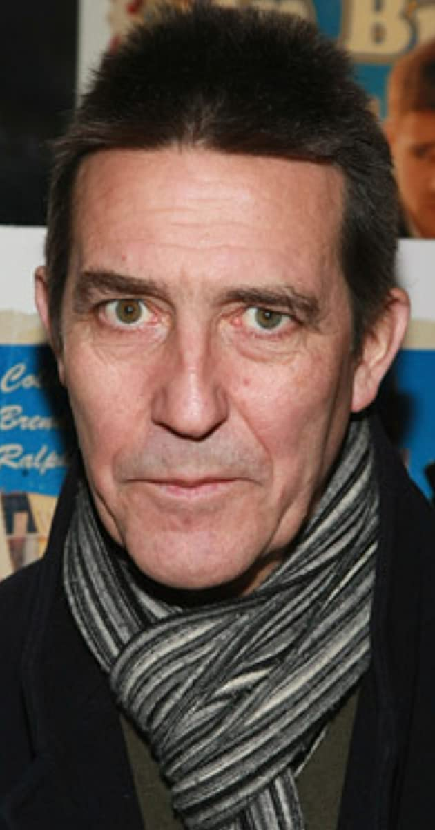 Ciarán Hinds earned a  million dollar salary, leaving the net worth at 2 million in 2017
