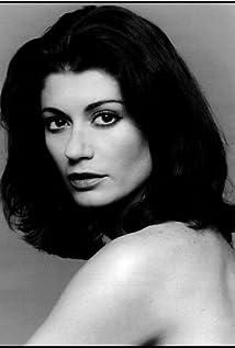 Aktori Caprice Benedetti