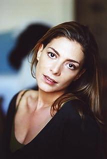 Aktori Judith El Zein