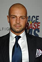 Joey Lawrence's primary photo