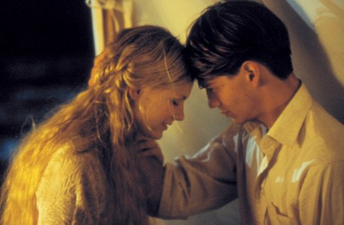 Kirsten Dunst and Trent Ford in Deeply (2000)