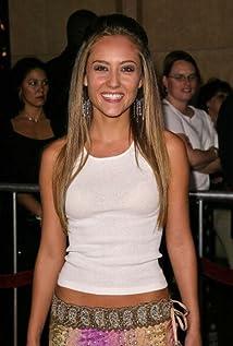 Aktori Lauren C. Mayhew