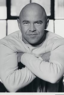 Dominic Littlewood Picture