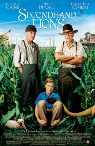 Michael Caine, Robert Duvall, and Haley Joel Osment in Secondhand Lions (2003)