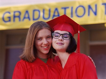 Scarlett Johansson and Thora Birch star