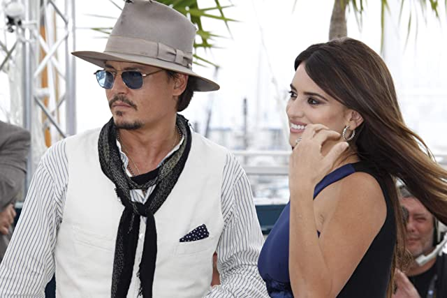 Johnny Depp and Penélope Cruz at Pirates of the Caribbean: On Stranger Tides (2011)