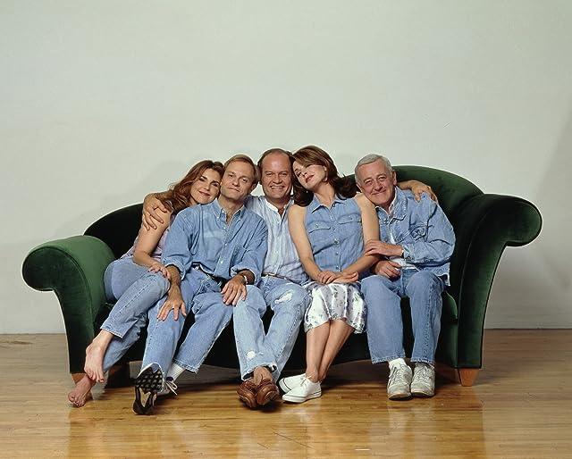 Kelsey Grammer, David Hyde Pierce, John Mahoney, Peri Gilpin, and Jane Leeves in Frasier (1993)
