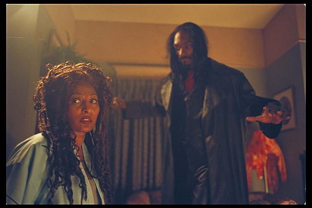Pam Grier and Snoop Dogg in Bones (2001)