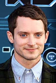 Elijah Wood New Picture - Celebrity Forum, News, Rumors, Gossip