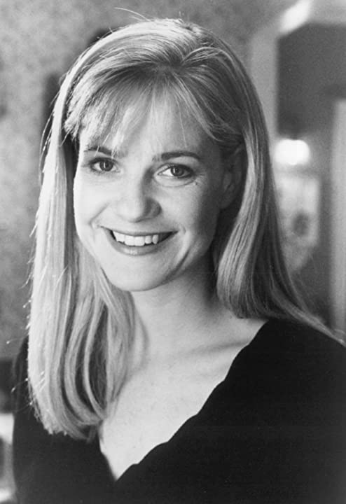 Bonnie Hunt in Beethoven's 2nd (1993)