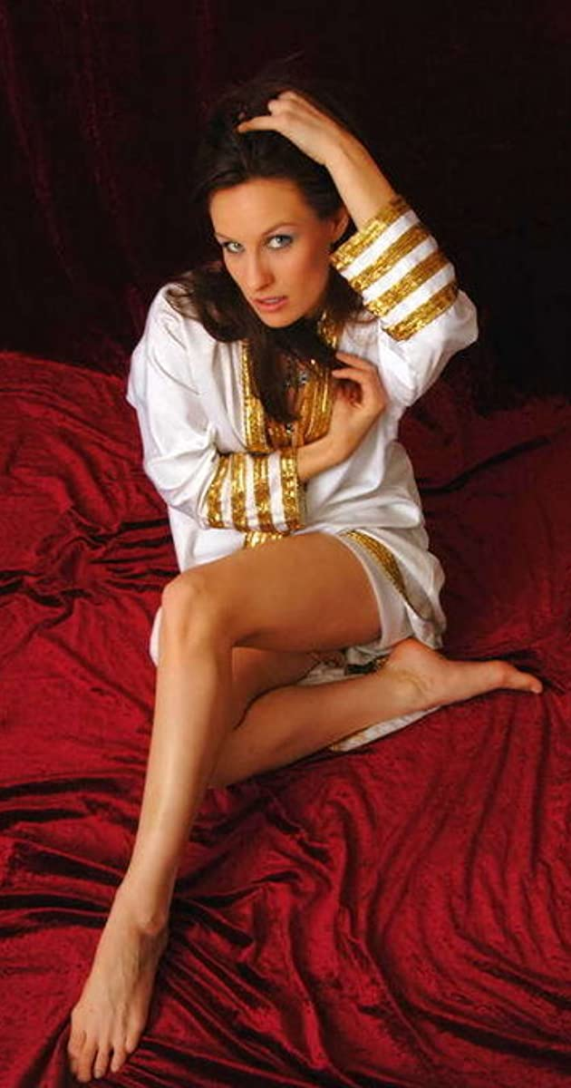 Julia Simmons Nude Photos 78