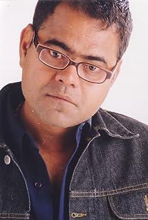 Aktori Sanjay Mishra