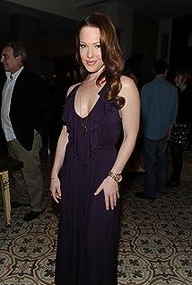 Aktori Erin Cummings