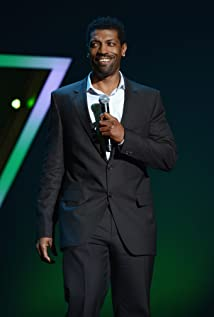 Deon Cole Picture