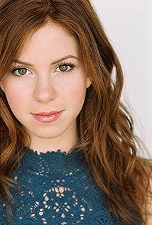 Aktori Alison Woods