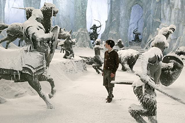 Skandar Keynes in The Chronicles of Narnia: The Lion, the Witch and the Wardrobe (2005)