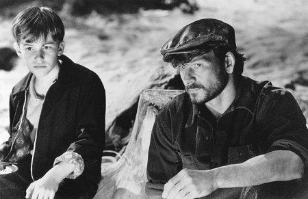 Patrick Swayze and Joseph Mazzello in Three Wishes (1995)