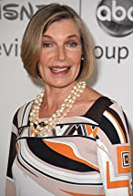 Susan Sullivan's primary photo
