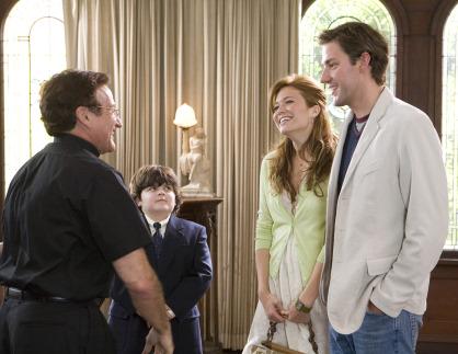 Robin Williams, Mandy Moore, John Krasinski, and Josh Flitter in License to Wed (2007)