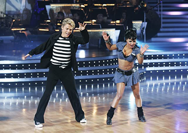 Lil' Kim and Derek Hough in Dancing with the Stars (2005)