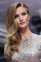Image of Rosie Huntington-Whiteley