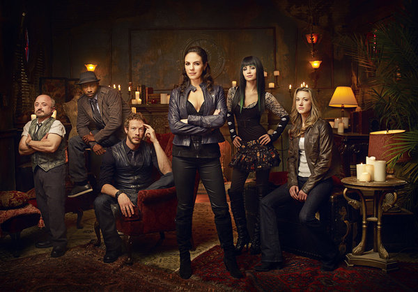 Kris Holden-Ried, Richard Howland, Anna Silk, Ksenia Solo, and Zoie Palmer in Lost Girl (2010)