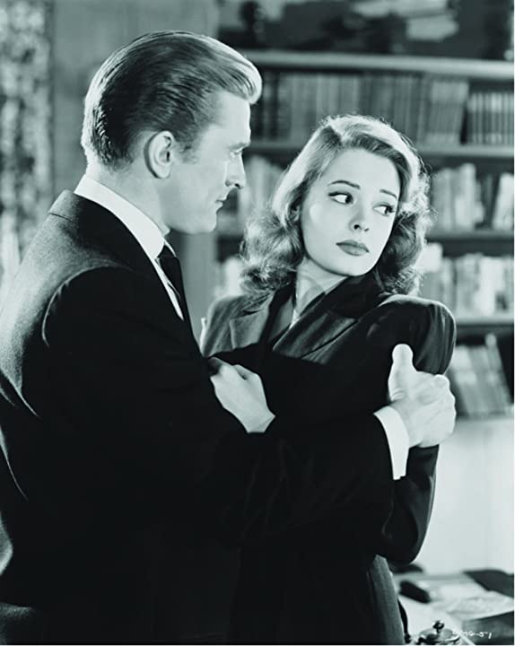 Kirk Douglas and Jane Greer in Out of the Past (1947)