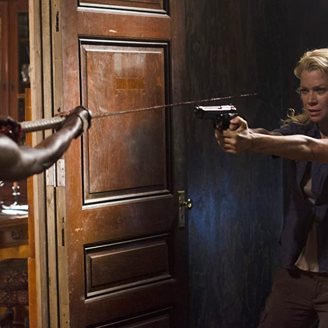 Laurie Holden y Danai Gurira en The Walking Dead (2010)