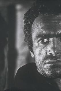 Aktori Luigi Pistilli