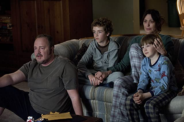 Michelle Forbes, Brent Sexton, Seth Isaac Johnson, and Evan Bird in The Killing (2011)