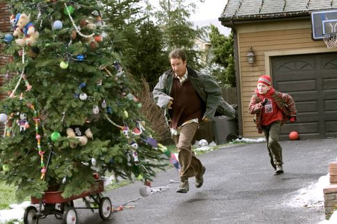 Tim Allen and Erik Per Sullivan in Christmas with the Kranks (2004)