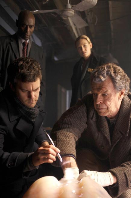 Joshua Jackson, John Noble, Lance Reddick, and Anna Torv in Fringe (2008)