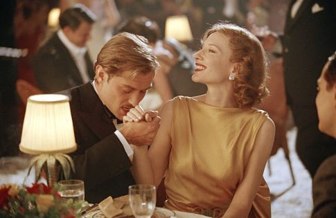 Jude Law and Cate Blanchett in The Aviator (2004)
