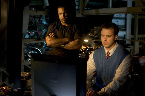 Ice Cube (l) and Michael Roof star in Revolution Studios' new action thriller XXX: State of the Union.